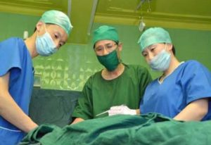 A new method is applied to surgical operations on rectum cancer. 25