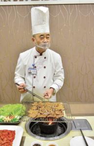 Head cook Kim Sok.